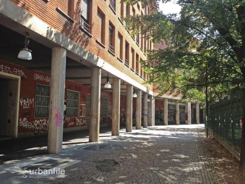 Piazza della Vetra, portici